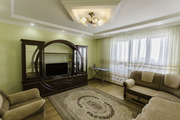 2-х комнатная квартира,  посуточно,  Бальзака 8Д (03-08328)